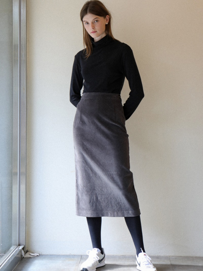 3.34 ESSENTIAL SKIRT_CHARCOAL