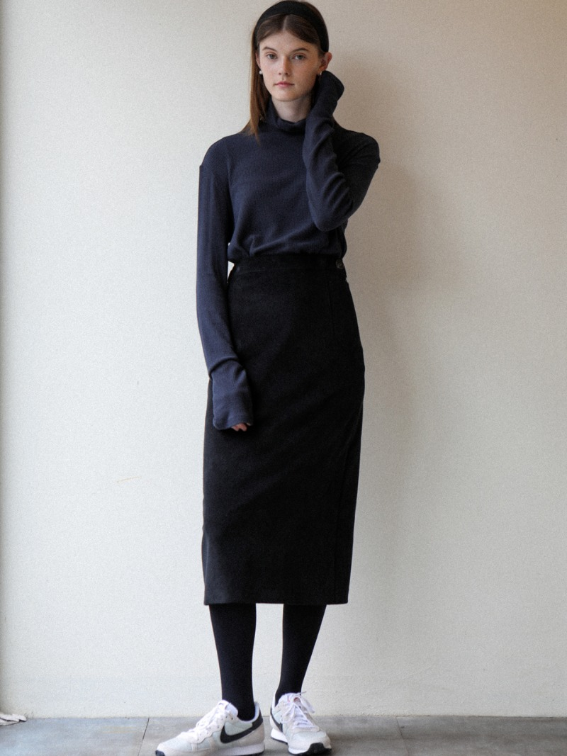 3.34 ESSENTIAL SKIRT_BLACK